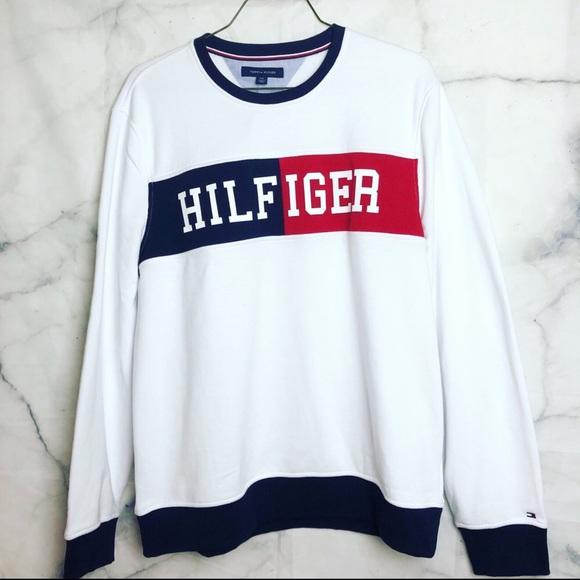 f38e34f09 BLACK FRIDAY Tommy Hilfiger fleece sweatshirt L